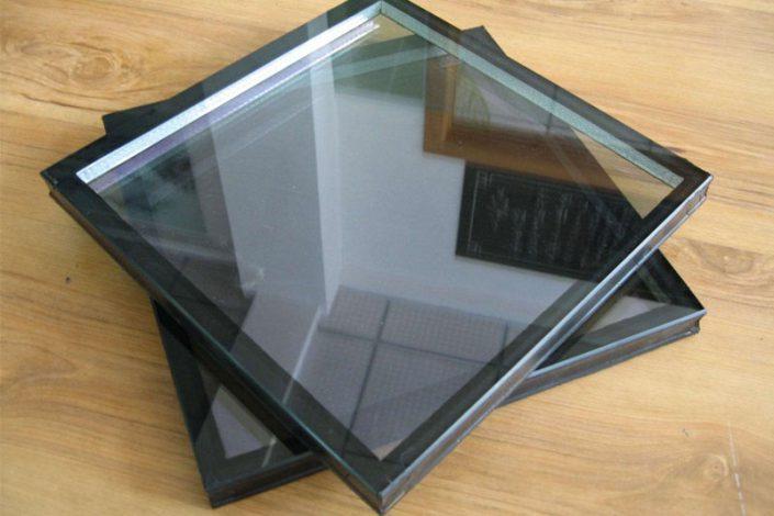 کاربرد و ویژگی های اسپیسر شیشه دو جداره