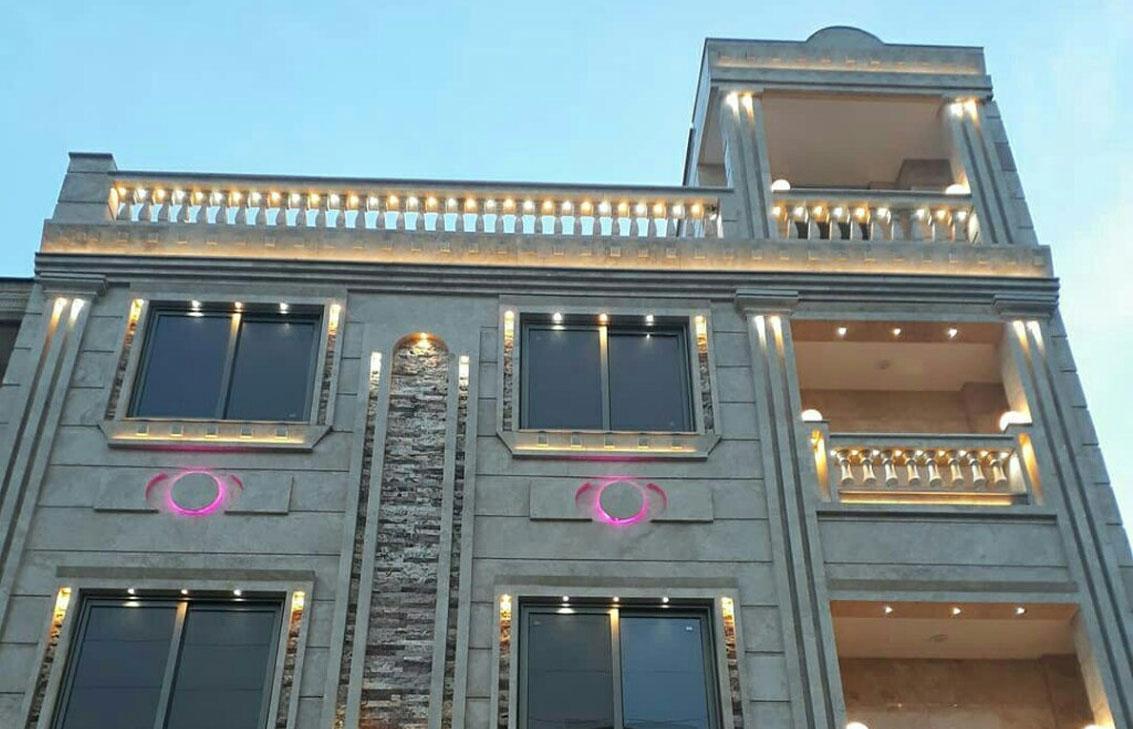 نمای ساختمان با پنجره دو جداره آلومینیومی